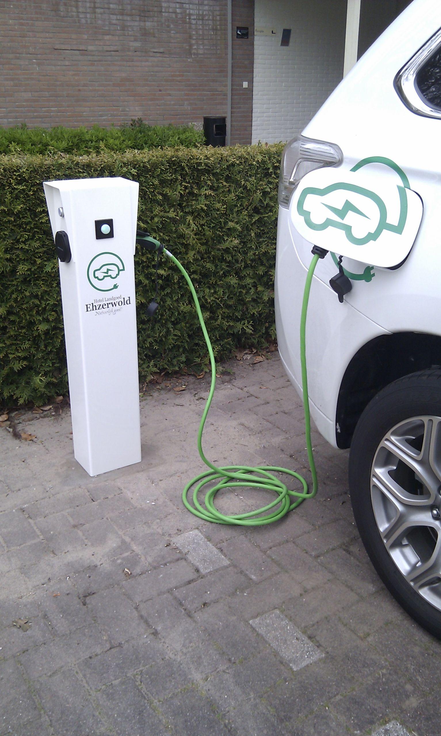 Opladen van uw elektrische auto bij Landgoed Ehzerwold in Almen